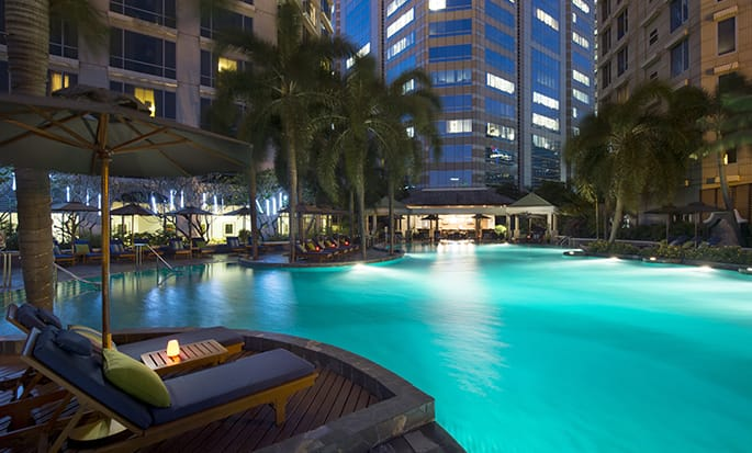 Conrad Bangkok Residences - Pool