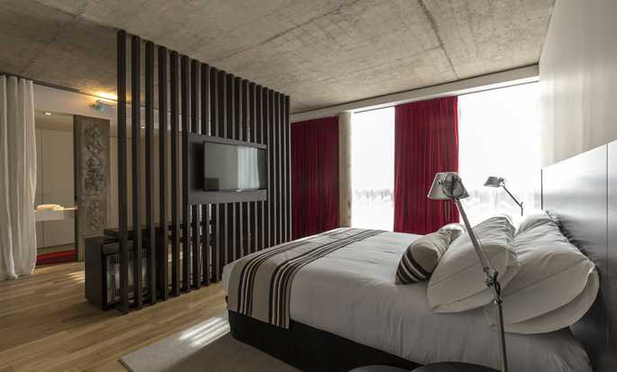 Anselmo Buenos Aires, Curio Collection by Hilton Hotel - Guestroom