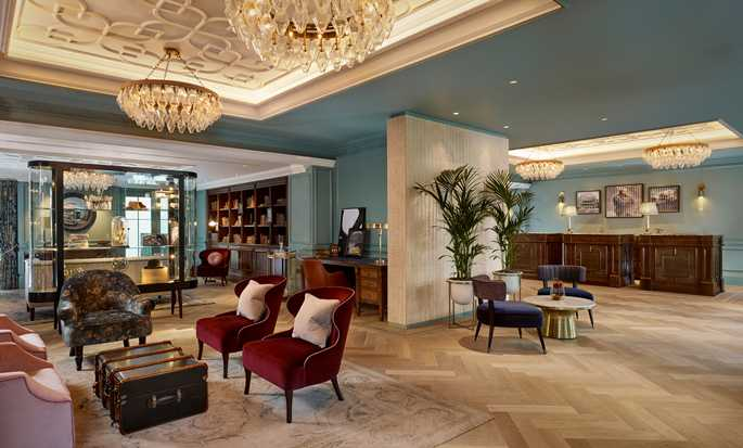 100 Queen's Gate Hotel London, Curio Collection by Hilton - Lobby