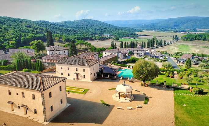 La Bagnaia Golf & Spa Resort Siena, Curio Collection by Hilton, Italy - Exterior