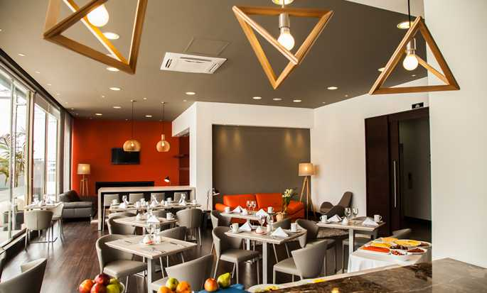 DoubleTree by Hilton Hotel Bogotá - Parque 93, Colombia - Dining Area