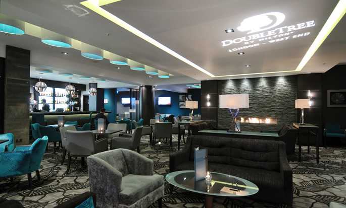 DoubleTree by Hilton Hotel London - West End, UK - Bar 92