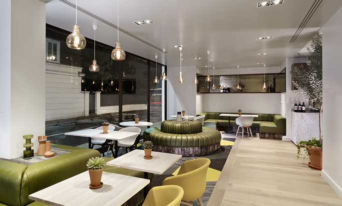 DoubleTree by Hilton Hotel London - Hyde Park, UK - Urban Meadow Restaurant
