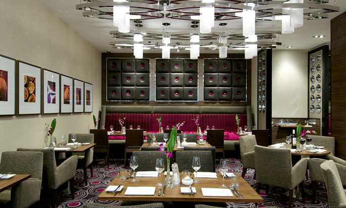 DoubleTree by Hilton Hotel London - Victoria, UK - 2 Bridge Place Restaurant