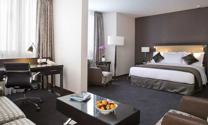 DoubleTree by Hilton Luxembourg, Luxembourg - Junior suite