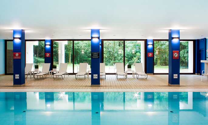 DoubleTree by Hilton Luxembourg, Luxembourg - Pool