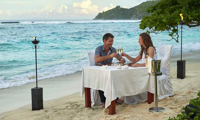 DoubleTree by Hilton Seychelles - Allamanda Resort & Spa, Seychelles - Romantic dinner on the beach