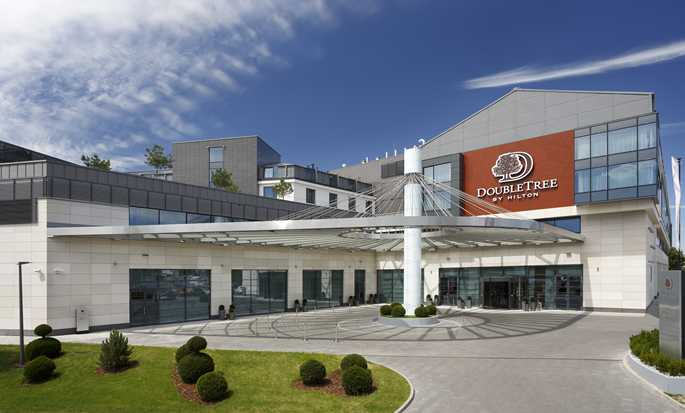 DoubleTree by Hilton Hotel & Conference Centre Warsaw, Poland - Hotel Exterior