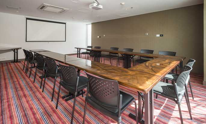 Hampton by Hilton Medellin hotel, Colombia - Meeting Room