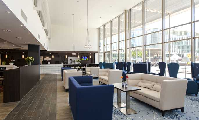 Hampton by Hilton Munich City West hotel, Germany - Seating Area