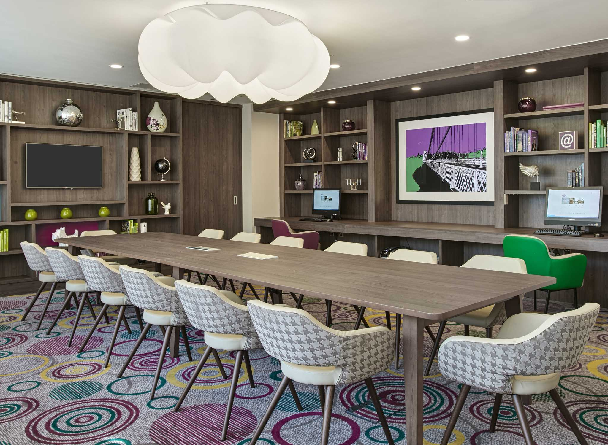 Hampton by Hilton Paris Clichy, France - Meeting Room