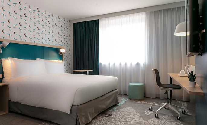Hampton by Hilton Paris Clichy, France - Family Room