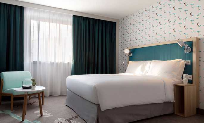 Hampton by Hilton Paris Clichy, France - Queen Room