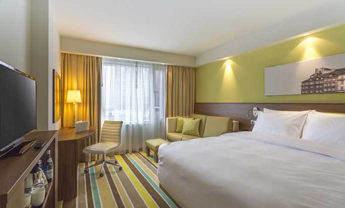 Hampton by Hilton Warsaw City Centre Hotel, Poland - Guestroom
