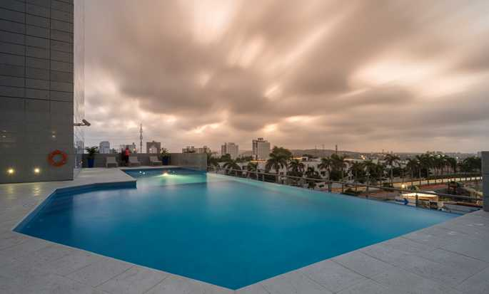 Hilton Garden Inn Barranquilla, Colombia - Outdoor Pool