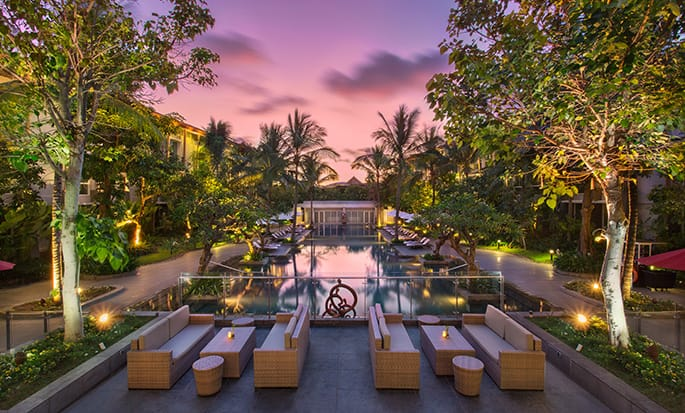 Hilton Garden Inn Bali Ngurah Rai Airport hotel - Pool at dawn