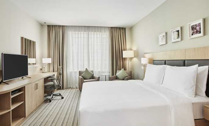 Hilton Garden Inn Mall of the Emirates hotel - Suite