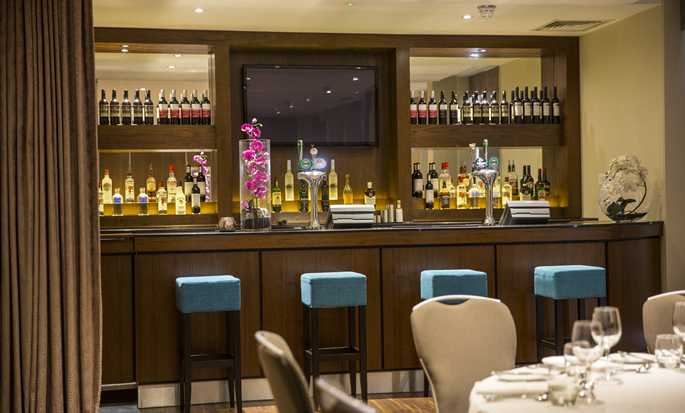 Hilton Garden Inn Glasgow City Centre, UK - Private Bar