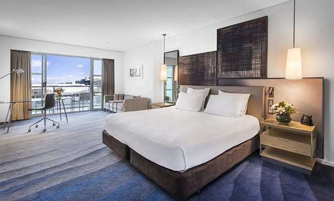 Hilton Auckland hotel, New Zealand - King Deluxe Harbour View