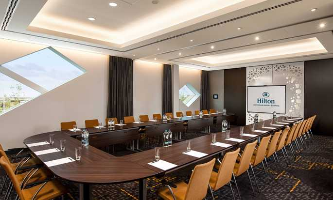 Hilton Amsterdam Airport Schiphol hotel, Netherlands - Meeting Room