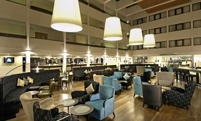 Hilton London Gatwick Airport, UK - Lobby Bar