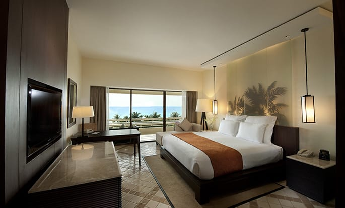 Hilton Phuket Arcadia Resort & Spa hotel, Thailand - King Deluxe with Sea View