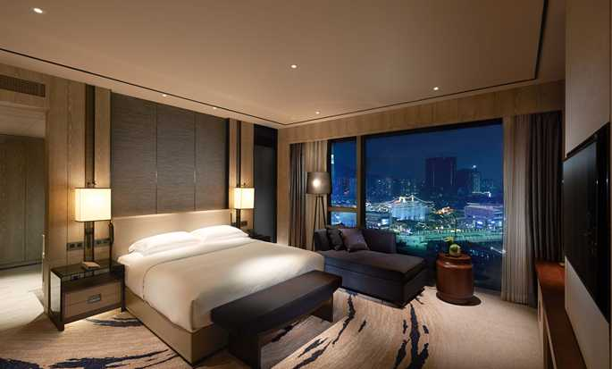 Hilton Shenzhen Shekou Nanhai, China - King Room