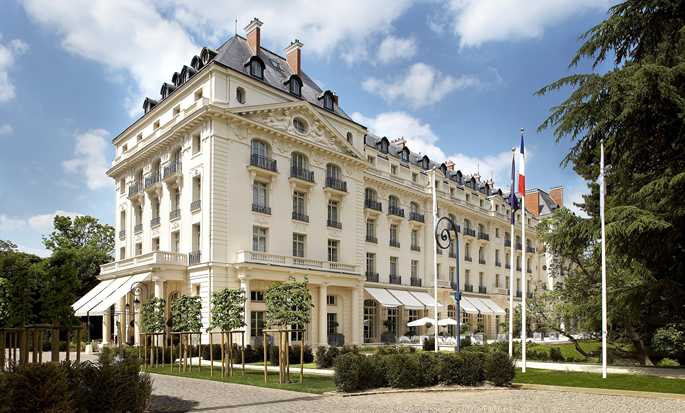 Waldorf Astoria Trianon Palace Versailles hotel, France - Exterior