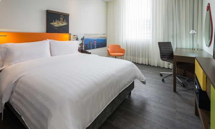 Hampton by Hilton Bogotá - Usaquén, Colombia - Guestroom