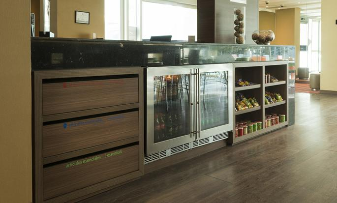 Hampton by Hilton Cali, Colombia - Mini Bar