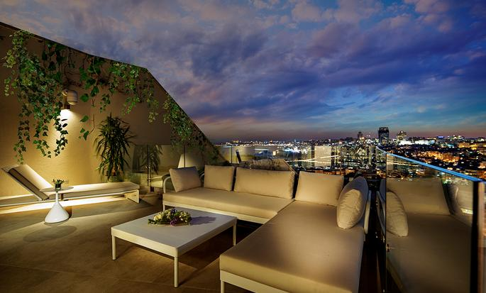 Conrad Istanbul hotel, Turkey - Suite terrace
