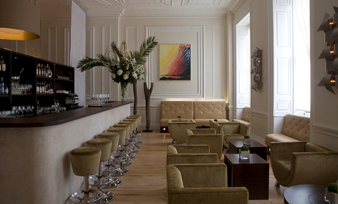 DoubleTree by Hilton Hotel London – Marble Arch, UK - Texture Bar