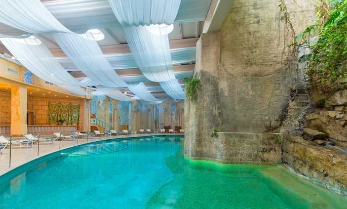 Hilton Sorrento Palace, Italy - Indoor swimming pool