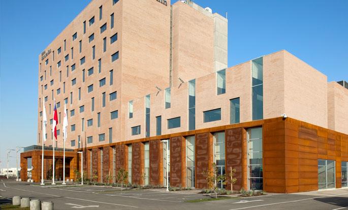 Hilton Garden Inn Santiago Airport, Chile - Exterior